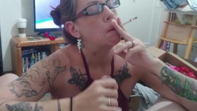 Naughty Smoking pornoroo