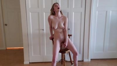 Standing porn98 Dildo