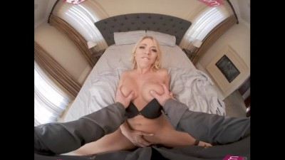Perfect Body Blonde xnxx hd mom son