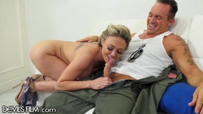 Milf Squirts Gushers on Military Hubby's Cock
