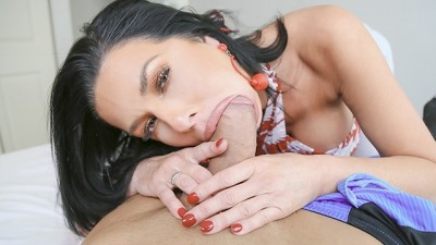Big Titty Stepmom Gets Rammed By Thick Cock