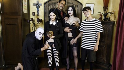 Halloween Costume Party Ends With Creepy Family