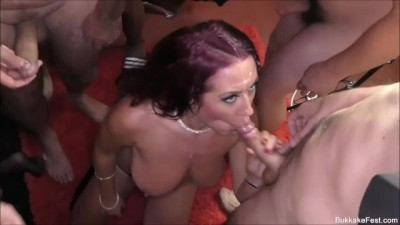 Prefessıonal Whore Tyla Moore Takes the Cum Load